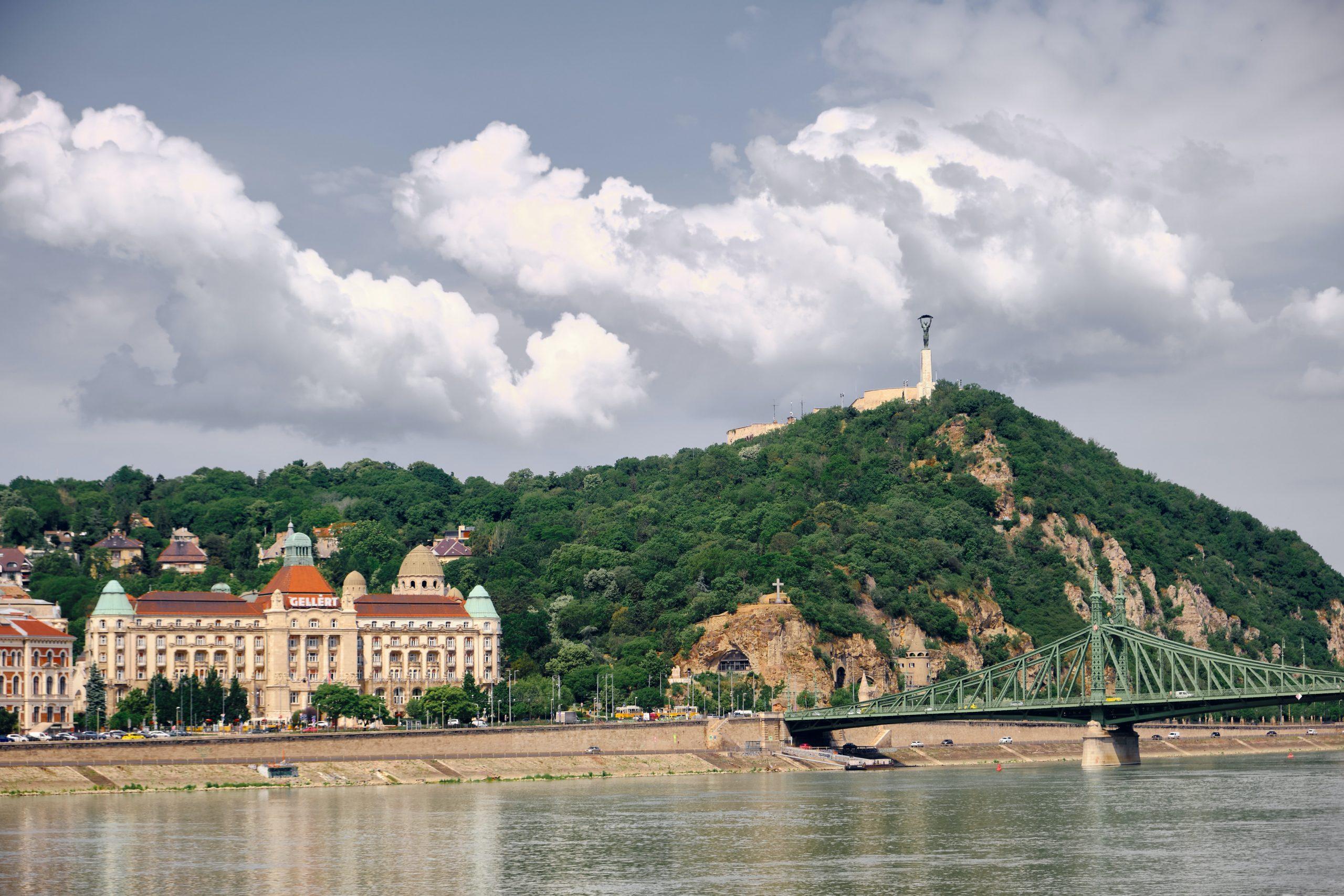 Изображение - компания в Венгрии