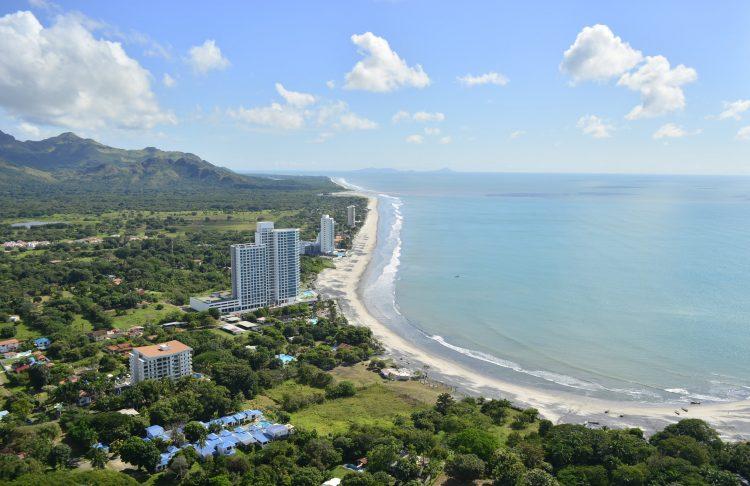 Royal Palm - жемчужина пляжной недвижимости