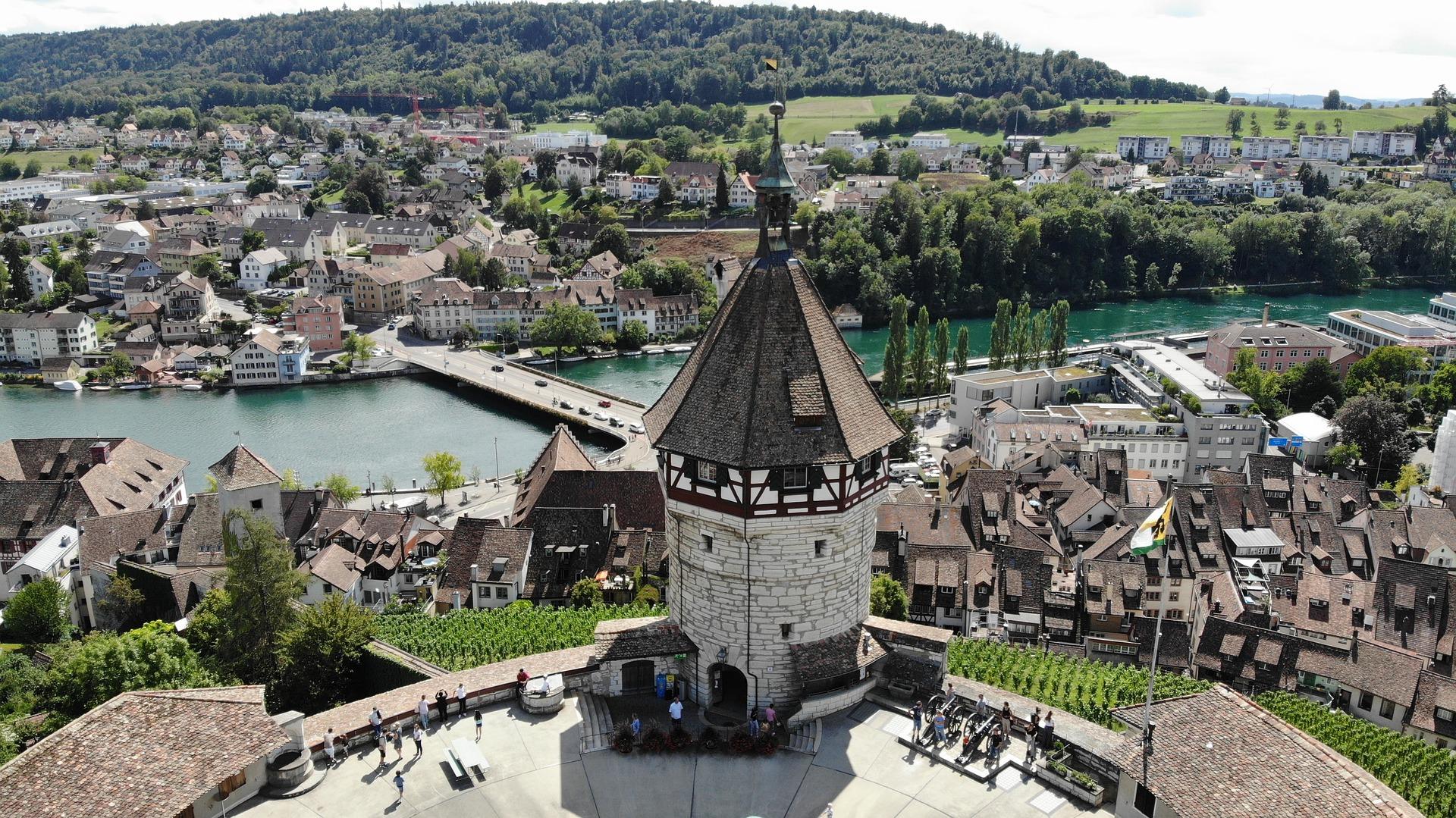 Номинальные услуги для компаний в Швейцарии