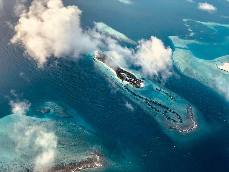 Компания на Маршалловых островах