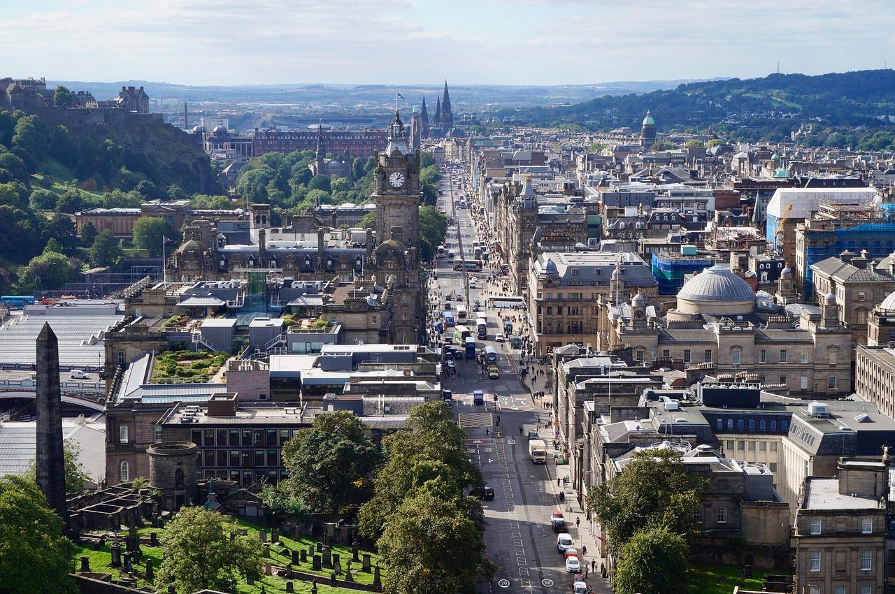 LP в Шотландии