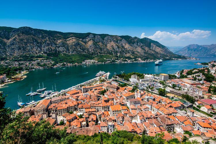 Счет в банке Черногории для бизнеса