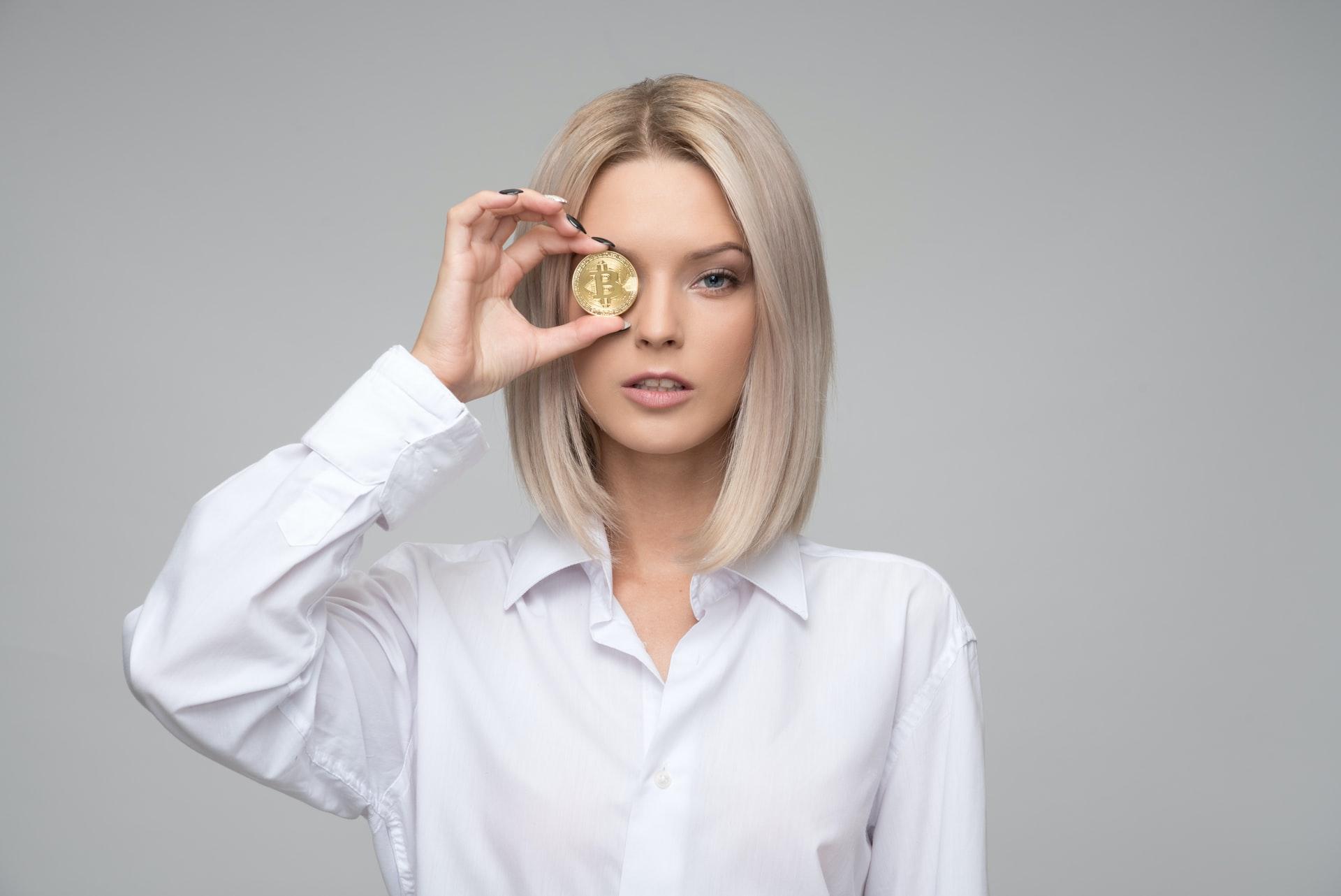 Крипто и банковская сфера - фото