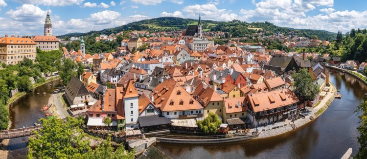 АО в Чехии - открытие