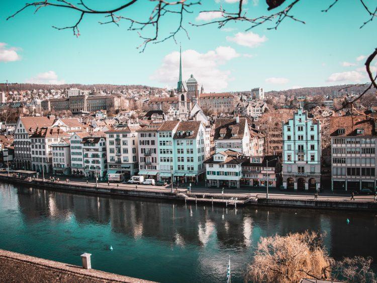 Защита ИС в Швейцарии