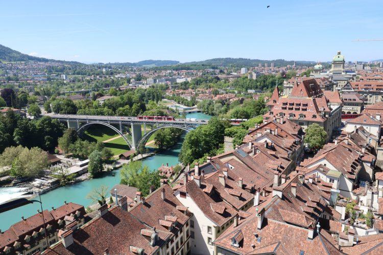 Свой бизнес в Швейцарии - фото