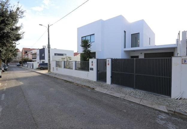 Четырехспальная вилла в Португалии (Абобуда / Сан-Домингуш-де-Рана)