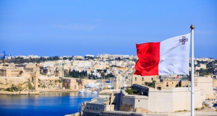 Компания на Мальте